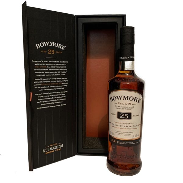 Bowmore 25 years single malt with package open
