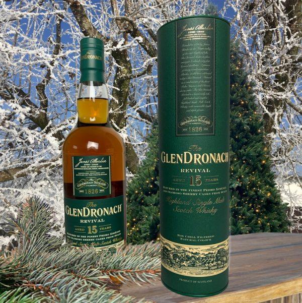GlenDronach 15 years single malt Christmas picture